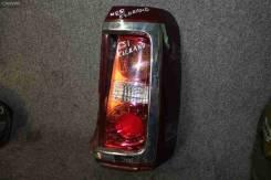 Задний фонарь Nissan Elgrand, правый