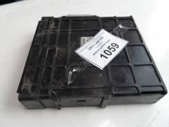 Блок (комьютер) управления Subaru Legacy