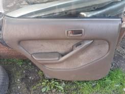 Обшивка двери задняя левая Toyota Vista 1994г, CV30, 2CT