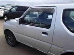 Дверь передняя левая на Suzuki Jimny