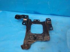 Крепление АКБ (корпус/подставка), Ford Focus III 2011 [AV61R6K034AB] AV61R6K034AB
