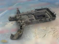 Крепление АКБ (корпус/подставка), Skoda Octavia (A5 1Z-) 2004-2013 [1K0915333H] 1K0915333H