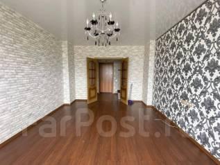 2-комнатная, улица Советская 10. Кировский, частное лицо, 62,0кв.м.