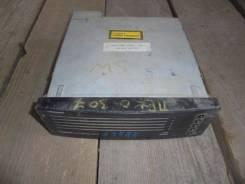 Ченджер компакт дисков Peugeot 300- 07 2001-2008
