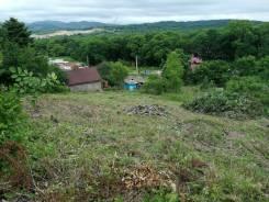 Продается участок в р-не 17 км со светом на южном склоне. 1 000кв.м., собственность, электричество. Фото участка