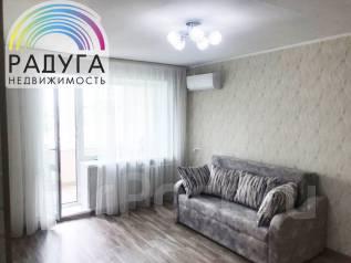 2-комнатная, улица Котельникова 7. Третья рабочая, агентство, 52,0кв.м.