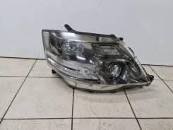 Фара правая Toyota Alphard ксенон MNH15