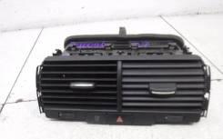 Дефлектор воздушный центральный (в торпедо) Audi Q7 [4L] 2005-2015_VAG VAG