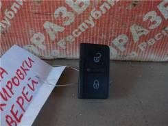Кнопка блокировки дверей Volkswagen Golf 2008 [5M1962125B]