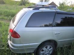 Продам заднее правое крыло Toyota Avensis AT220