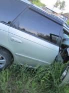 Продам заднюю правую дверь Toyota Avensis AT220