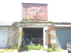 Гаражи кооперативные. улица Лазурная 16, р-н Водоканал, 28,0кв.м., электричество, подвал.