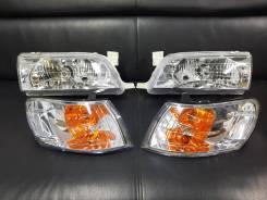 Фары чёрные/светлые Хрусталь Toyota Corolla 100 91-00гг AE100