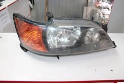 Фара передния Toyota 81130-32450 SV55