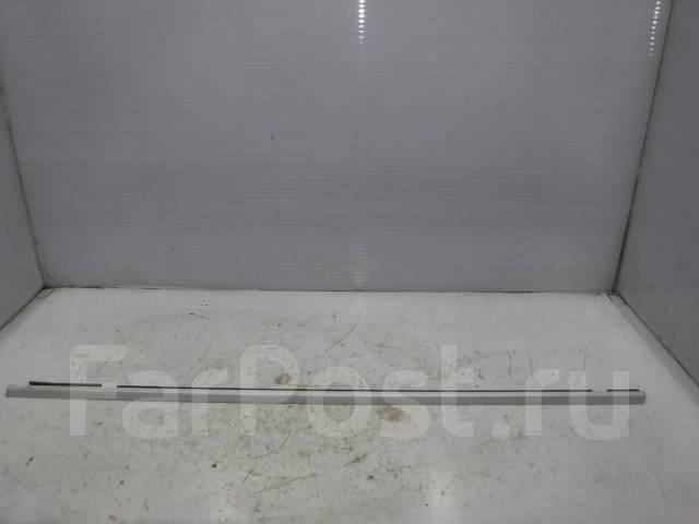 Молдинг стекла передней левой двери Porsche Cayenne (2003-2010), 95553147700 95553147700