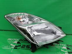 Фара правая Toyota Prius NHW20