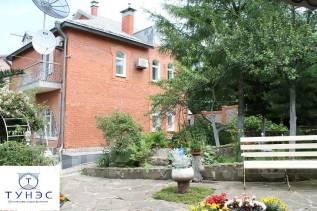 Уютный коттедж 358 кв с мансардой, участок 12 соток на Седанке. Переулок Радужный, р-н Седанка, площадь дома 358,0кв.м., площадь участка 1 200кв.м...