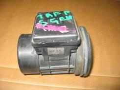 Датчик массового расхода воздуха (ДМРВ) Mazda TAFP Millenia контрактный KF3513215, KF35, E5T51072