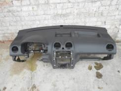 Панель передняя салона (торпедо) VW Caddy3