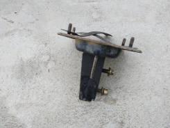 Кронштейн усилителя заднего бампера левый Kia Spectra 2001-2011