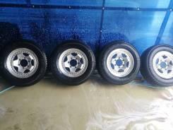 Комплект литья с зимней резиной 215/70/R15