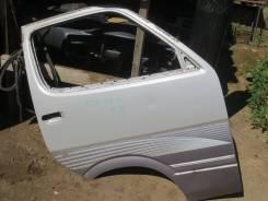 Дверь передняя правая Toyota Hiace