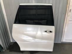 Дверь боковая задняя правая Toyota Estima