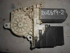Моторчик стеклоподъемника задний правый [1J4959812C] для Volkswagen Golf IV [арт. 208614-2]
