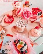 Вкусные десерты в кафе Chloe