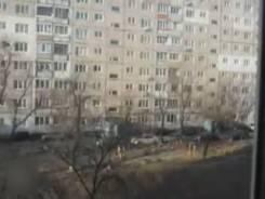 3-комнатная, улица Связи 22а. Трудовая, частное лицо, 57,2кв.м. Вид из окна днем