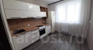 2-комнатная, улица Черняховского 11. 64, 71 микрорайоны, частное лицо, 60,4кв.м.