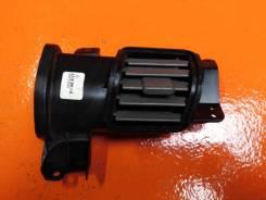 Дефлектор центральной стойки правый Honda Pilot 2 (08-15 гг)