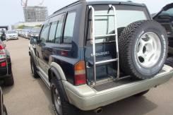 Накладка на стойку кузова задняя внешняя Escudo цена за шт 77111-56B00