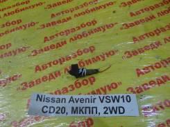 Концевик двери Nissan Avenir Nissan Avenir 1992, левый задний