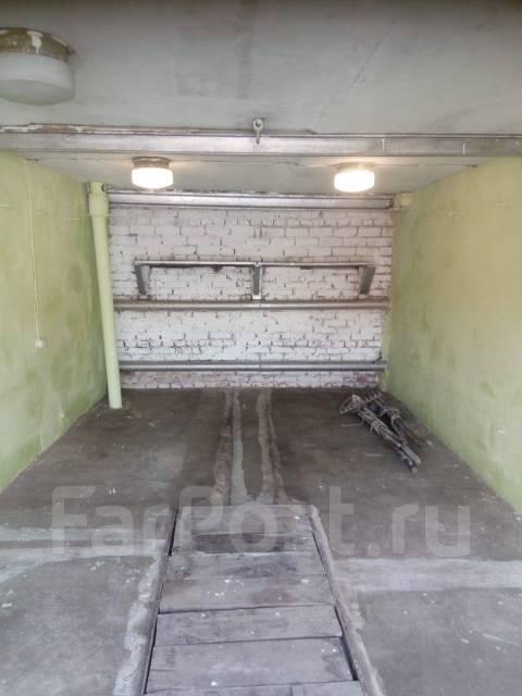Гаражи капитальные. улица Павловского 6, р-н Центральный, 38,0кв.м., электричество, подвал.