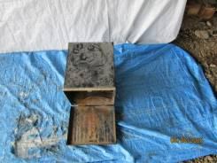 Ящик под инструмент Toyota DYNA BU20 (B) 75215-93102