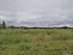 Продаем земельный участок в районе ул. Лучистая. 1 000кв.м., собственность