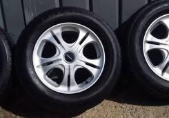 Комплект отличных колес 215/65 R16 114.30x4, 114.30x5 Triangle TR928