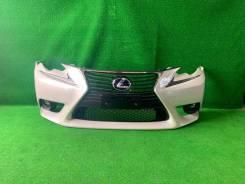 Бампер передний Lexus IS белый (083) в Сборе Оригинал Япония