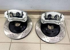 Комплект передних двухпоршневых суппортов Toyota Camry V50, V70
