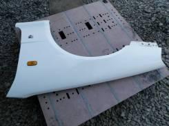 Крыло левое переднее белое Nissan Skyline ER34 QM1