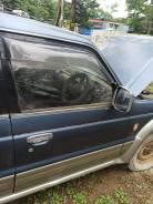 Дверь правая передняя Mitsubishi Pajero