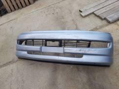 Бампер передний Toyota Hiace Regius RCH41W, 3RZFE