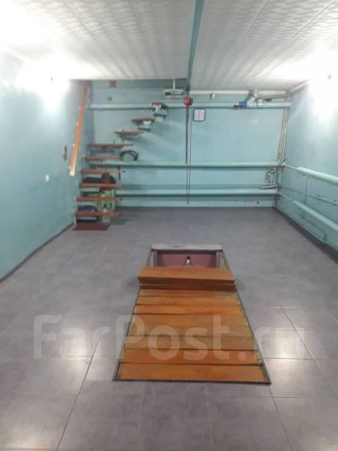 Гаражи капитальные. улица Запорожская 22, р-н Ленинский, 73,2кв.м., электричество, подвал.
