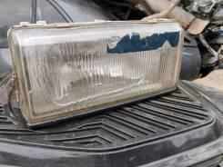 Продам переднюю правую фару на Nissan Bluebird U11
