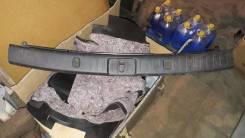 Накладка петли багажника 5 двери RX330-350 5838748030C0