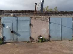 Гаражи капитальные. улица Дзержинского 31, р-н Центральный, 45,6кв.м., электричество, подвал.