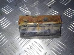 Ручка крышки багажника Kia Carnival (Sedona) 2 (2006-2014) [817204D000]