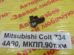 Концевик двери Mitsubishi Colt Mitsubishi Colt 2006, правый задний