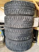Bridgestone Ice Cruiser 7000. зимние, шипованные, 2011 год, б/у, износ 20%